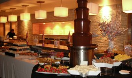 Mariage-Montreal-robert-alexis-traiteur-Montreal-Weddings-catererStation de fontaine au chocolat (1)